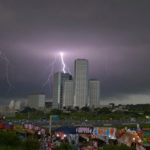 川崎市多摩川花火大会2018は台風でも行われる?それとも中止?